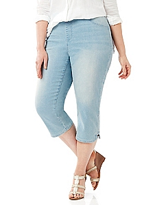 Timeless Bleached Denim Capri