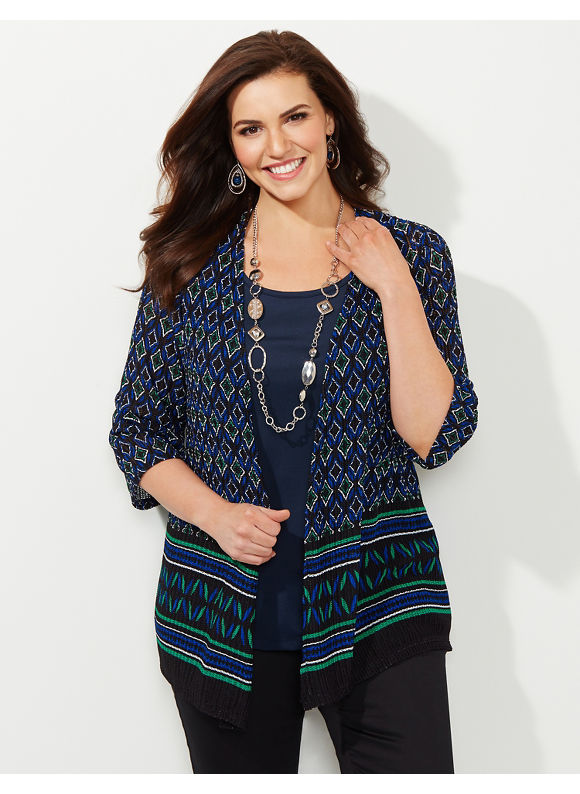 Stores in the United States offering plus size fashion, wide width shoes, and a full collection of intimates. Select stores offer a Loralette boutique. Find an Avenue store near you. To find an Avenue store near you, simply enter your zip code and search radius. Or, you can search for all Avenue stores in .