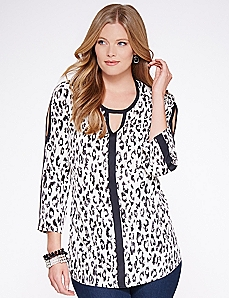 Sneak Peek Blouse