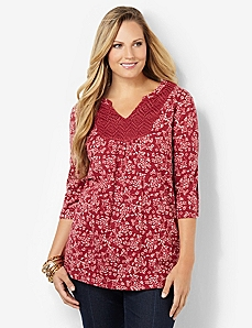 Rosebud Crochet Top
