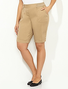 Timeless Fit Bermuda Short