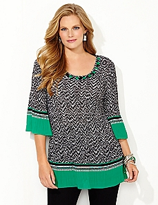 Abstract Contrast Pleated Top