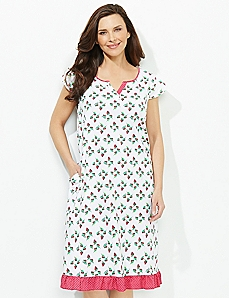 Pretty Lady Sleep Gown
