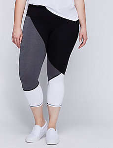 Wicking Colorblock Capri Legging
