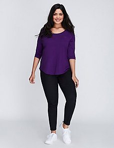 3/4 Sleeve Scoop-Neck Pocket Tee