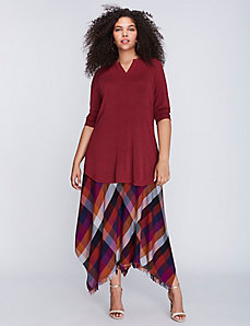 Split-Neck Tee with Shirttail Hem by Melissa McCarthy Seven7