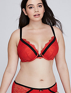 Boost Plunge Bra with Eyelash Lace & Contrast Bands
