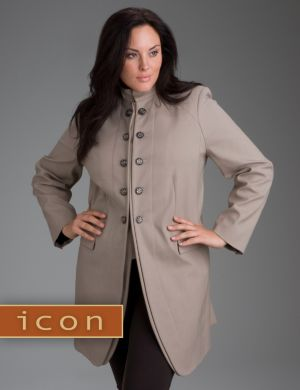Long riding coat from our Icon Collection