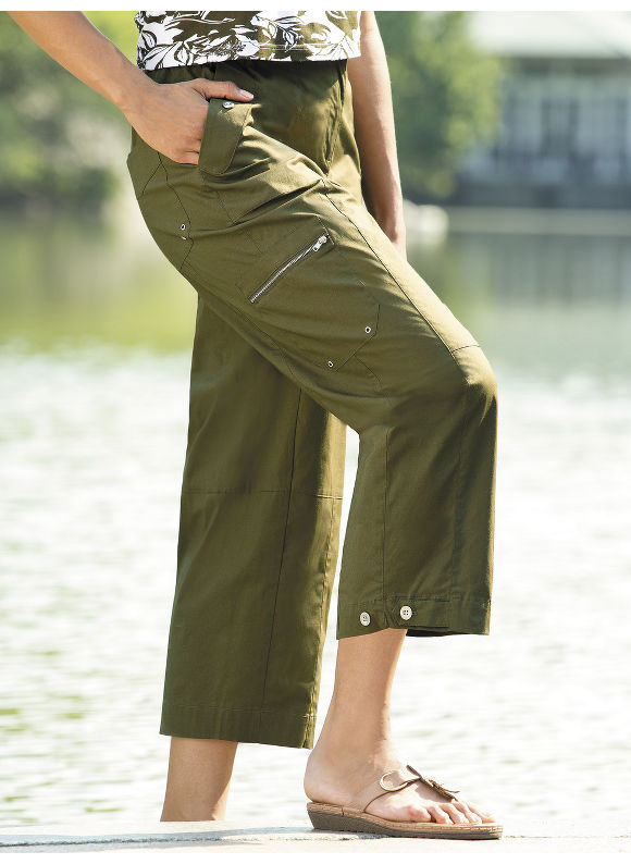 Stretch Poplin Capris by Ulla Popken