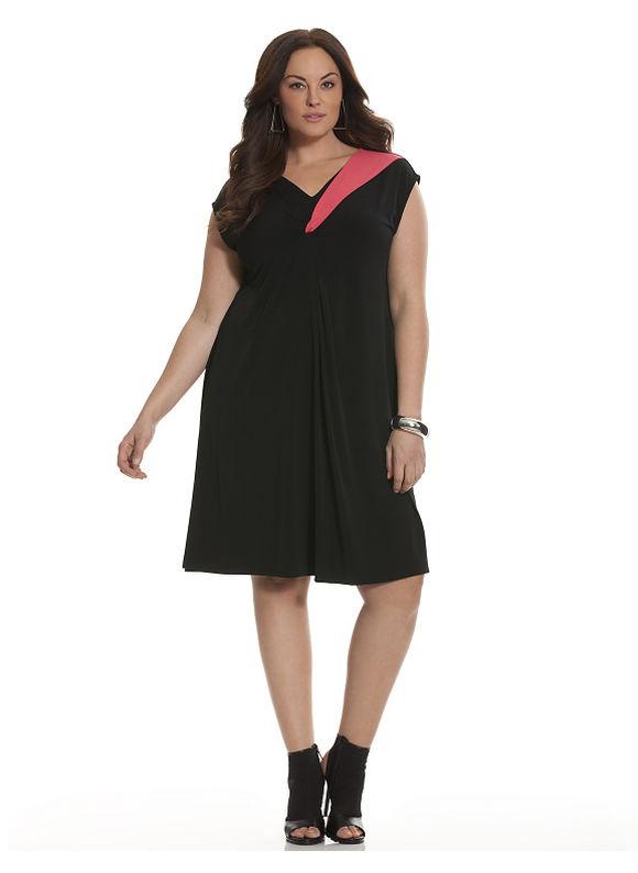Lane Bryant Plus Size 6th & Lane colorblock twisted V dress, Black