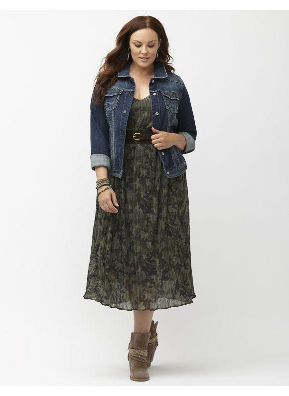 Lane Bryant Plus Size Distressed jean jacket Size 24, denim blue