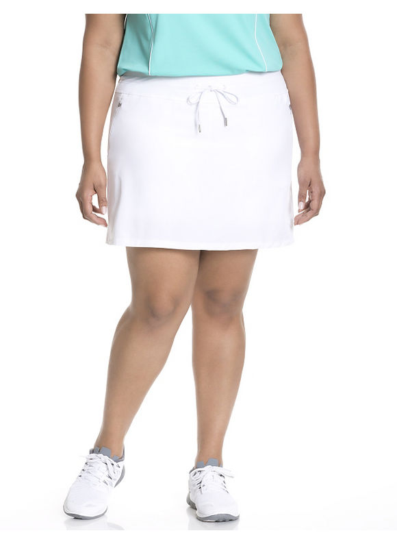Why Curvy Gals Love a Skort #PlusSize #Fashion