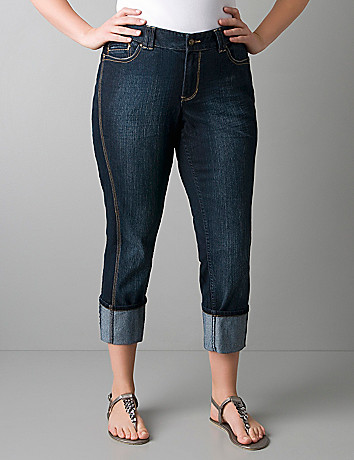 Plus size cuffed denim capri