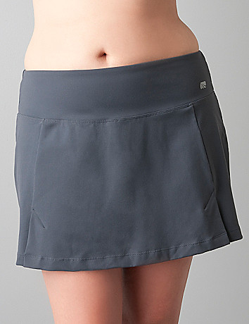 Tummy-control active skort by Cacique