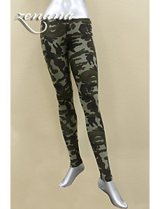 Canada Camouflage Leggings by alight