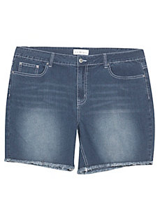 Frayed Denim Shorts by Creative Looks