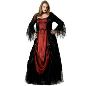 Gothic Vampira Elite Collection
