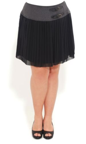 Buckle Waist Pleated Skirt