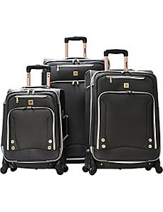 American Airline Skyhawk Exp. 3 Piece Travel Set by Olympia