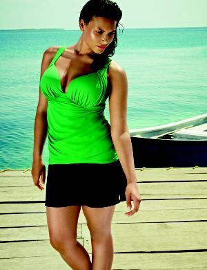 Solid swim tank with built in Cacique plunge bra