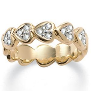 Sim. Diamond Heart Ring