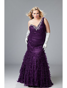 Sexy plus size evening gown by Sydney's Closet