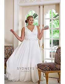 Bra-friendly plus size wedding gown by Sydney's Closet