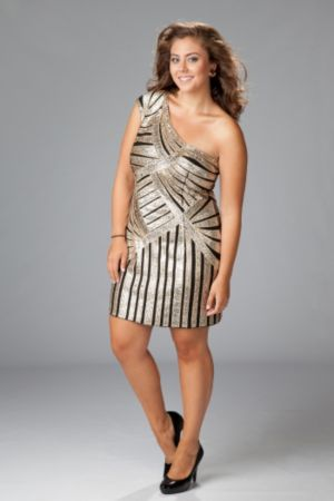 One-shoulder sequined stretch sheath