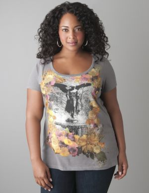 Floral fountain screen tee