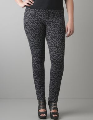 Leopard print French terry jegging