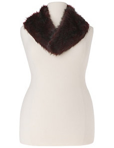 Clip on faux fur collar by Lane Bryant