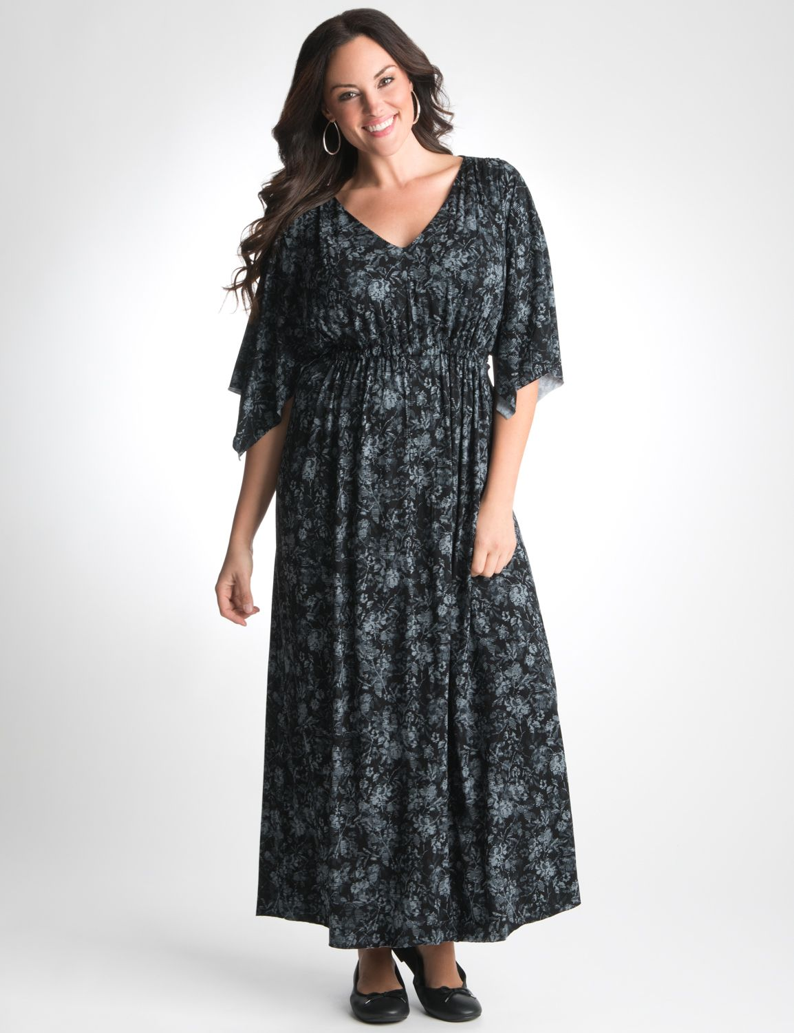 Plus maxi dress with sleeves