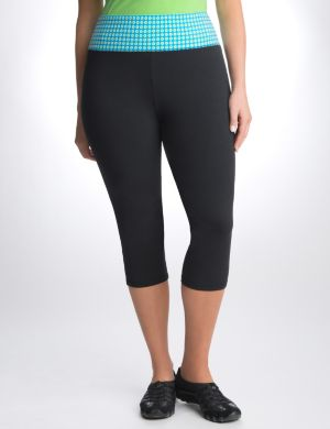 Capri yoga pant with polka dot waist