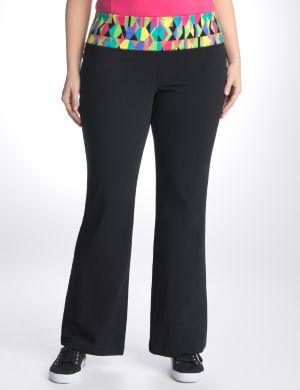 Active pant with geo print waistband