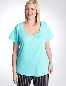 Pleated sleep tee by Cacique