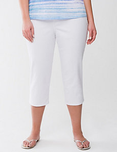 Full figure white denim capri