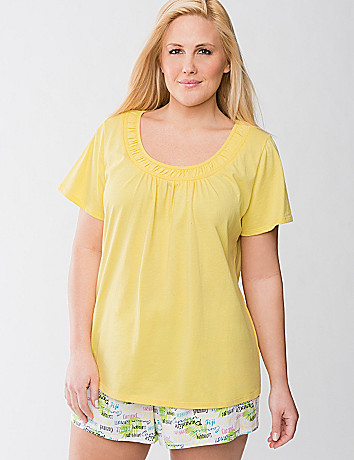 Scoop neck sleep tee by Cacique