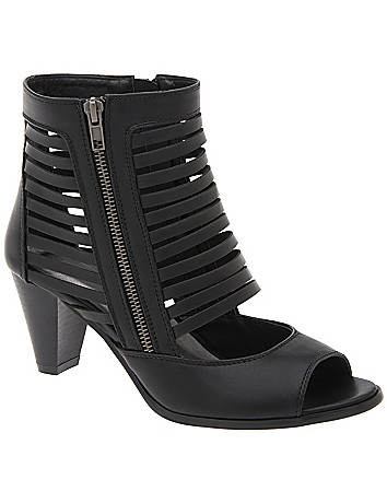 Strappy cutout heel