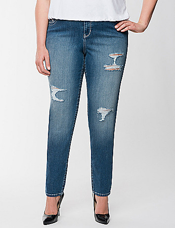 Plus-size outfit: Genius Fit Distressed Skinny Jeans