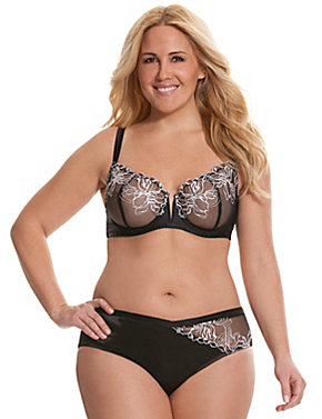 Embroidered unlined full coverage bra Ensemble