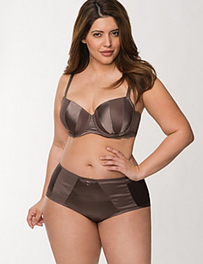 Matte & shine balconette bra ensemble