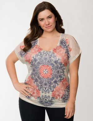 Banded bottom medallion top by Seven7