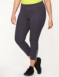 Capri legging with zipper