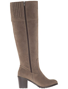 Stacked heel riding boot