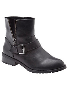 Side detail moto boot