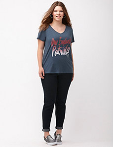 New England Patriots glittered V-neck tee