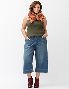 Wide leg crop trouser jean