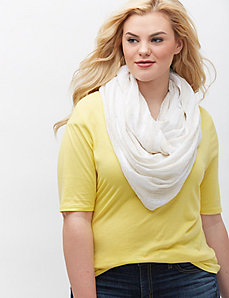 Textured stripe ivory scarf