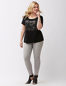 Chic Graphic Tee
