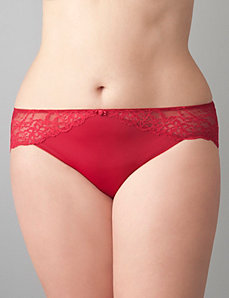 Beautiful lace trim hipster panty by Cacique